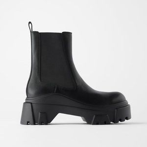 ZARA TRACK SOLE LEATHER ANKLE BOOT